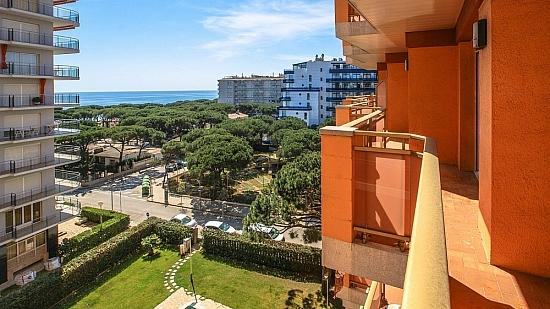 Испания недвижимость бланес