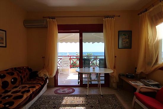 Квартира в Ситония и турции