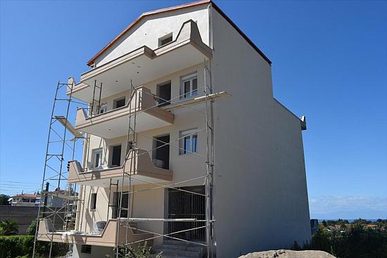 Коммерческая недвижимость в Неа Макри