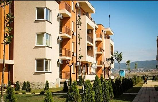Недвижимость в болгарии и испании