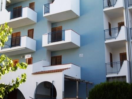 Buy apartment in Scalea on the coast